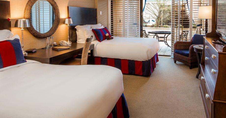 The Club Room Portola Hotel